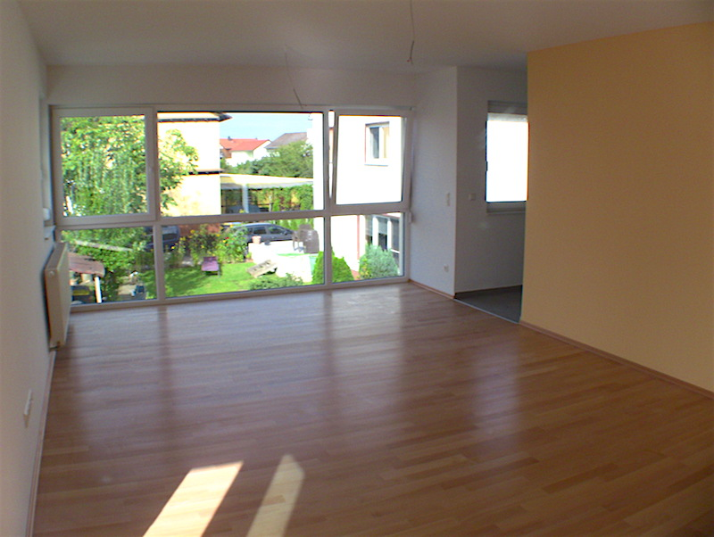 Komfortable Balkonwohnung Mit Panoramafenster In Gross Gerau Funk